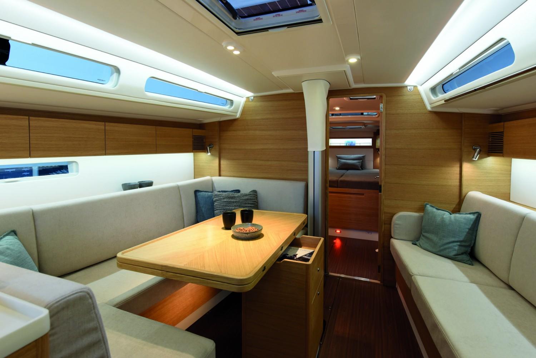 X-yachts20576-1920x1281